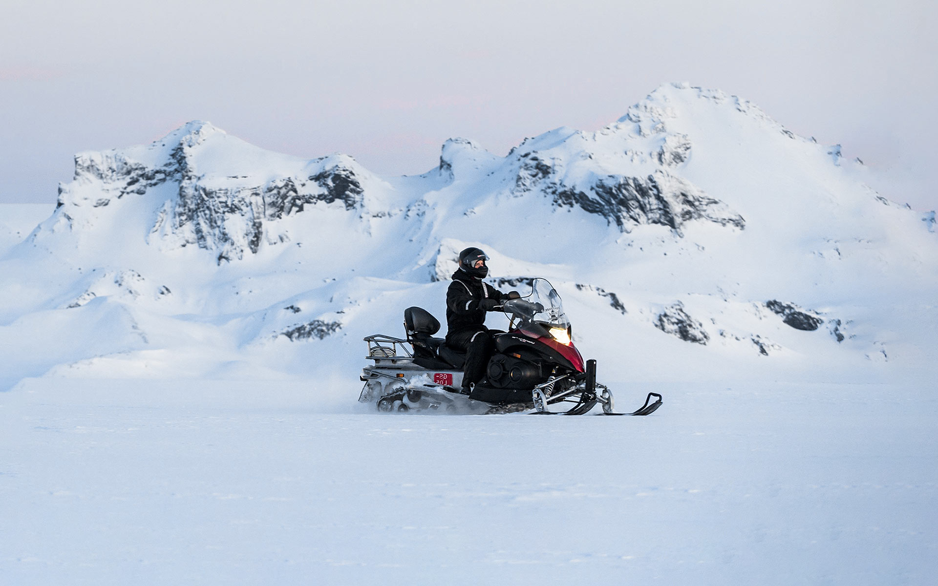 Snowmobiling on Langjokull glacier - Buggy and Snowmobile tour in Iceland